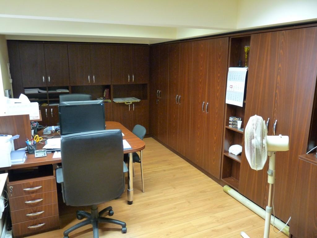 Egyedi konyhabútor készítése, irodabútor készítés   Egyedi megjelenésű Irodabútorok Készítése, Tervezése !
